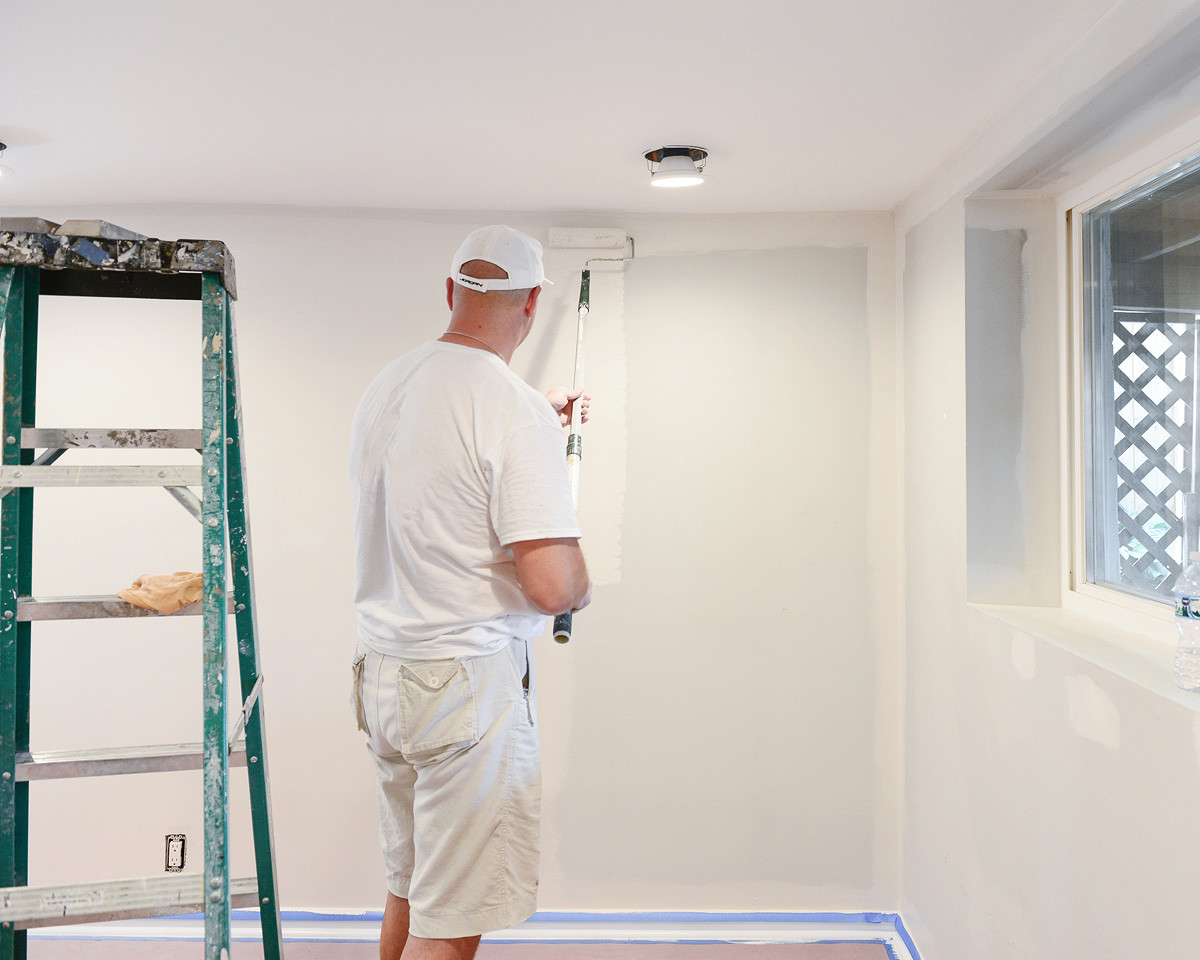 How Much Does A Professional Painter Cost Per Day