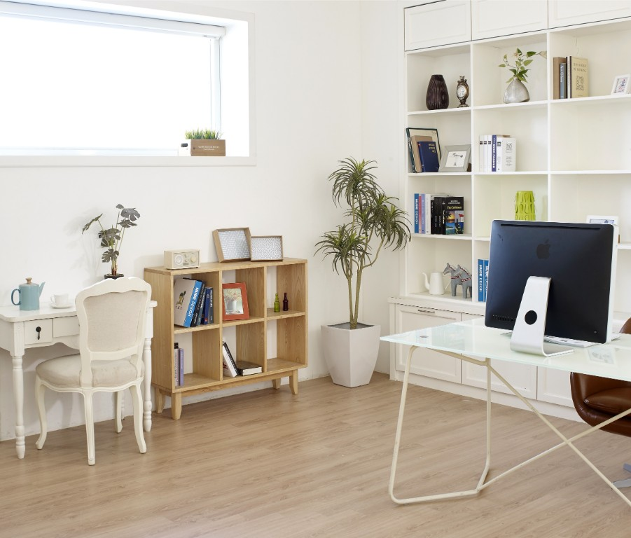 white built in shelf office
