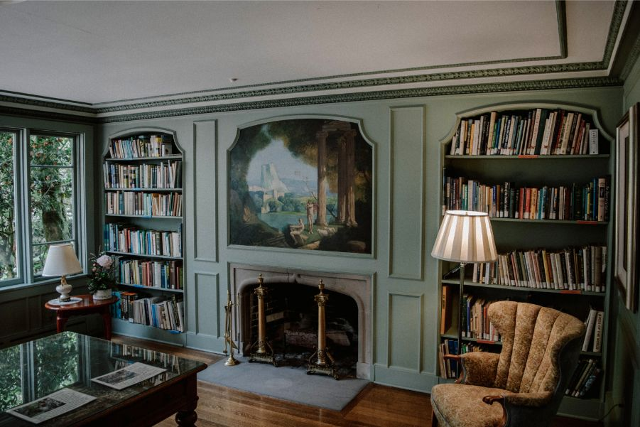 7 Beautiful Library Paint Colors Paintzen