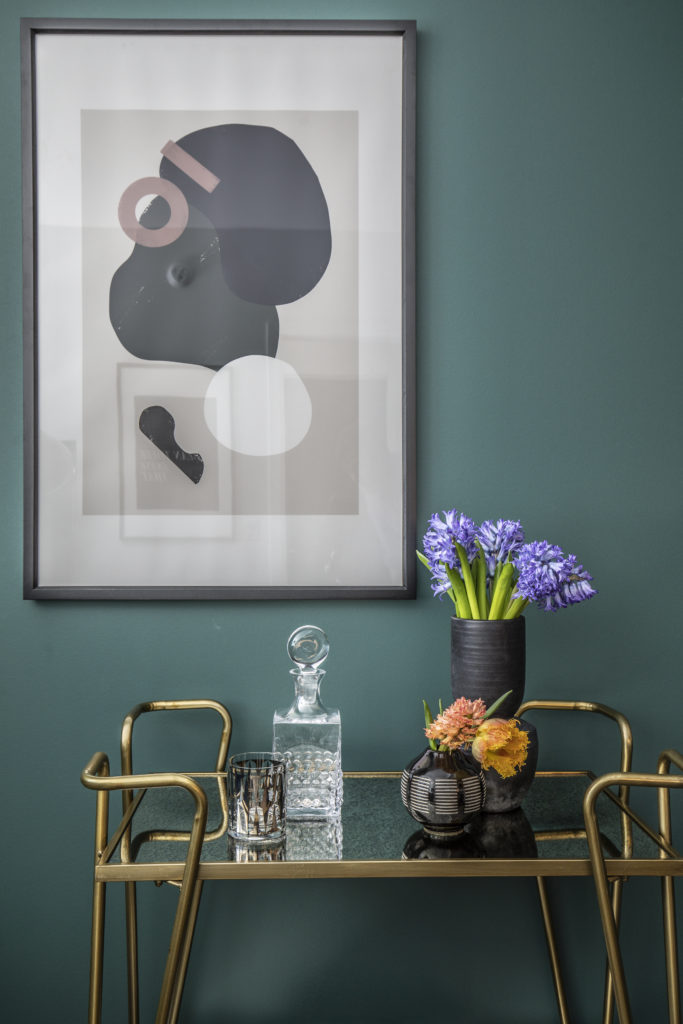 soothe your senses with this calming green paint color